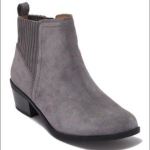 Vionic Devon Suede Ankle Boots Booties Grey 8.5